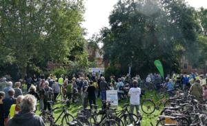 Demo im Clamartpark